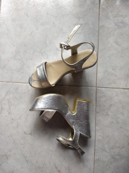 Zapatos Altos De Mujer Color Plateado Talle 39 Viamo