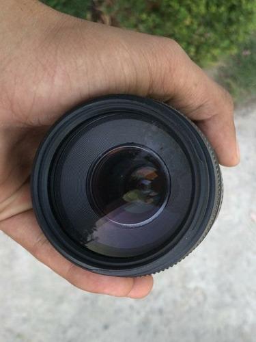 Lente Canon Ef 75-300mm F/ 4-5.6