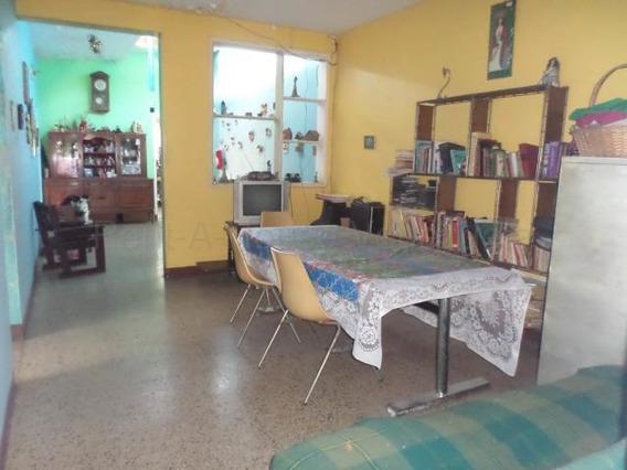 Casa En Venta En Concepcion 20-8032 Mf