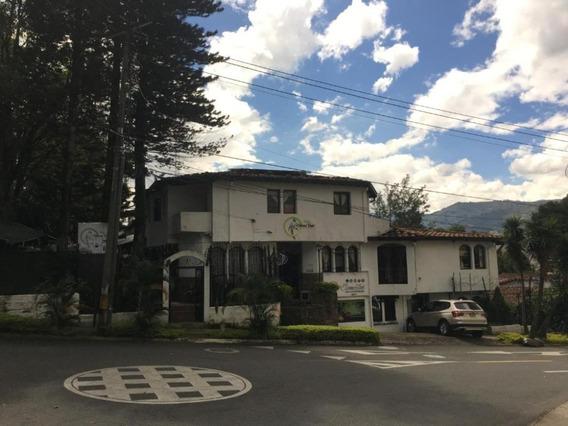 Arriendo Habitaciòn En Casa Hotel - Ubicada En El Poblado