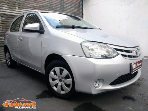 Toyota Etios Hatch X 1.3 16v Flex - 2015