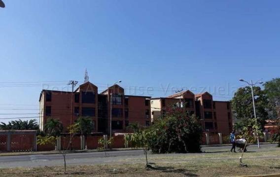 Apartamento En Venta En San Diego Reinaldo Machuca 20-8543