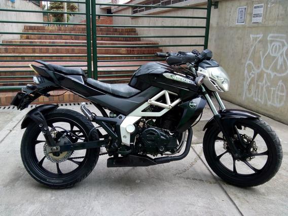Moto Um Xtret 230cc 2013 Barata $2,790,000 Bogota