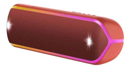 Caixa de som Sony Extra Bass XB32 portátil com bluetooth vermelha