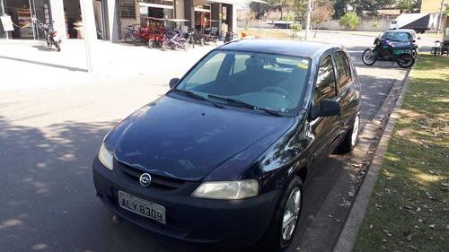 Imagem 1 de 5 de Chevrolet Celta 2005 1.0 Life 5p
