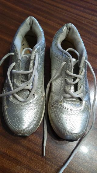 Zapatillas Importadas Plateadas Nro 37 (con Detalles)