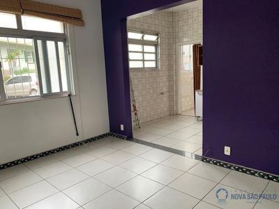 Apartamento No Planalto Paulista, Condomínio Baixo, 2 Dormitórios Com Vaga. - Bi23927
