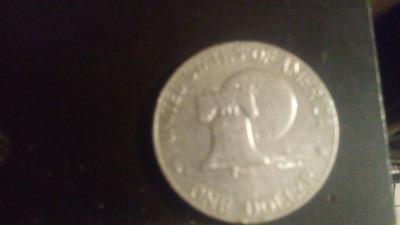 Moneda De Un Dolar De Fecha 1776a 1976