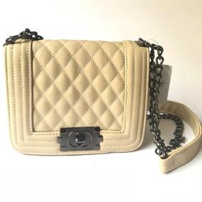 f41bb4a4f Bolsa Chanel Bege - Calçados, Roupas e Bolsas no Mercado Livre Brasil