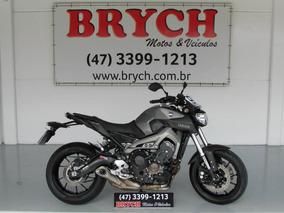 Yamaha Mt-09 Abs 10.676km 2015 R$ 32.900,00