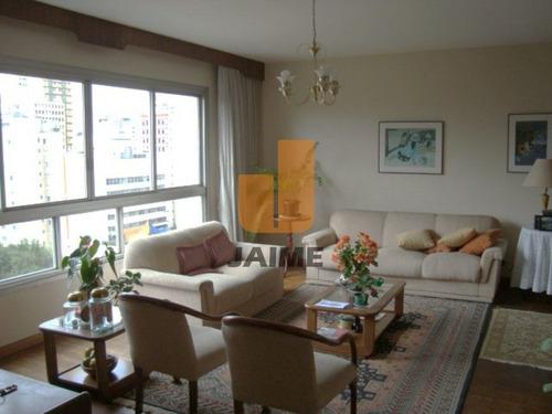 Apartamento Padrão Com 3 Dormitórios Sendo 1 Suite E 1 Vaga. - Pe2759