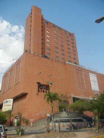 Local En Venta Mls #20-2343 Terrazas Club Hípico Consultorio