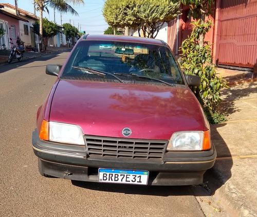 Imagem 1 de 5 de Chevrolet Kadett
