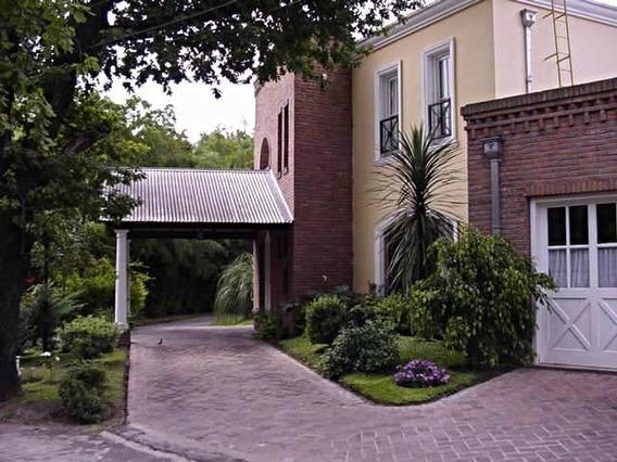 Casa En Barrio Cerrado El Jaguel