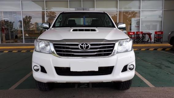 Toyota Hilux 3.0 Tdi Dc 4x4 Srv Cuero 2015