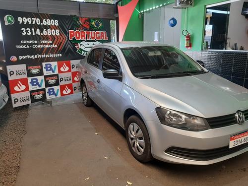 Imagem 1 de 14 de Volkswagen Voyage Trendline 1.6 Prata 2015