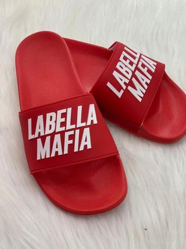 Chinelo Slide Letreiro Labellamafia Vermelho Original