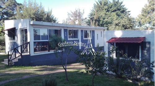 Casa En Playa Hermosa, 2 Dormitorios *- Ref: 3089