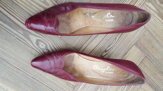 Zapato De Mujer Con Taco De Cuero - Color Ciruela, Talle 37