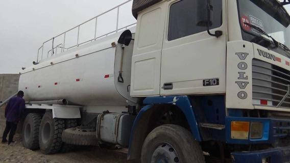 Camión Cisterna Volvo F10