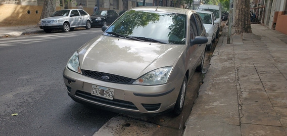 Ford Focus 1.6 Ambiente Mp3 Thames 719