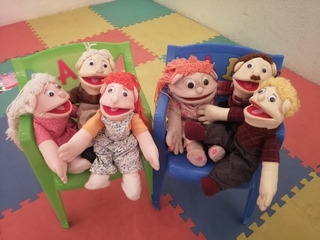 Familia De Títeres (didáctico)
