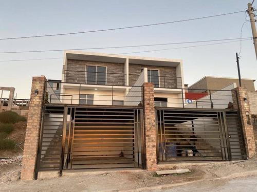Imagen 1 de 8 de Se Venden 2 Casas Completamente Nuevas En Rosarito