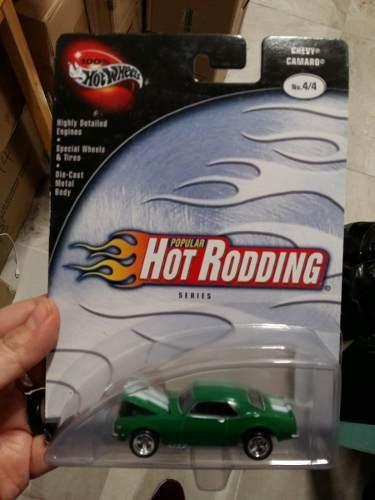 Hot Wheels - 100% - Chevy Camaro - 1:64 - Verde