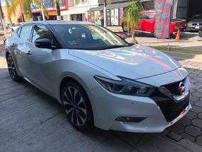 Nissan Máxima Exclusive