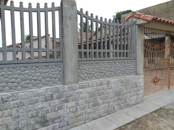 Casa Com Ampla Varanda, Depósito, Cisterna 11 Mil Litros,...