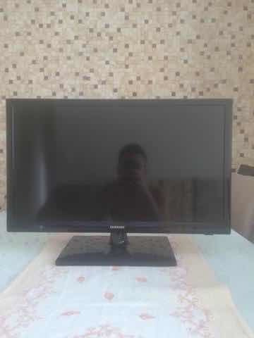 Tv Monitor Led 24hd Sansung,com Conversor Digital Hdmi E Usb