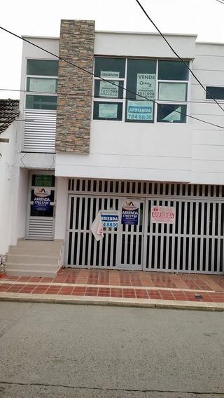 Local Mas Apartamento U Oficinas En La 32 Con 8