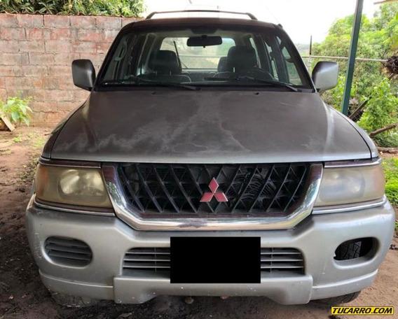 Mitsubishi Montero Sport - Automatica