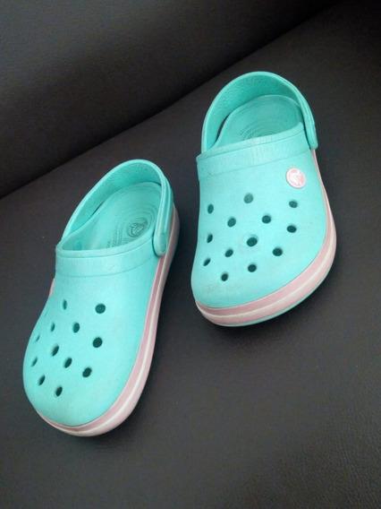 Crocs Clásicas Número 32 Usadas