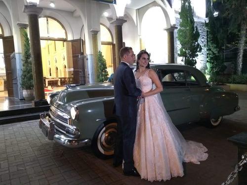 Imagem 1 de 10 de Aluguel, Carro Antigo Para Casamento, Carro Da Noiva, Noivos