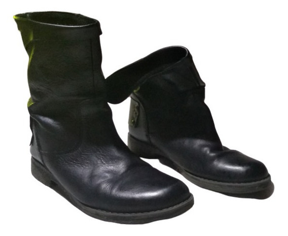Botas De Cuero Con Aplique Trasero N°35