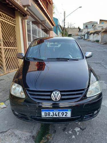 Imagem 1 de 6 de Volkswagen Fox 2006 1.6 Plus Total Flex 5p