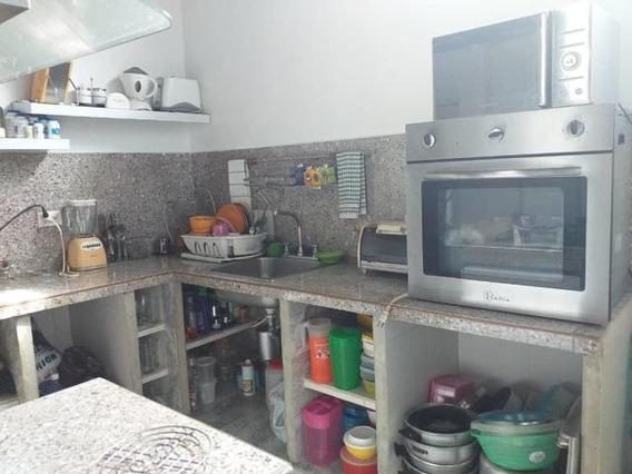 Casa En Venta En El Centro 20-6096 Mf