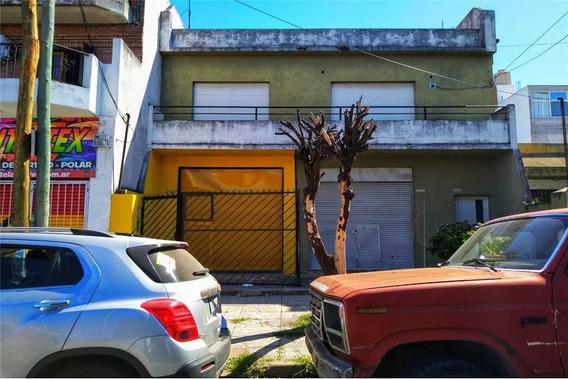 Venta Casa De 3 Ambientes En Villa Celina