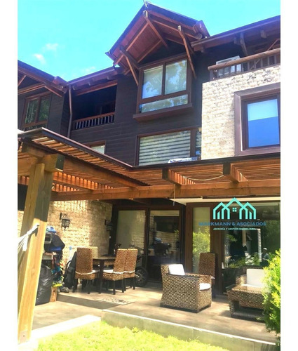 Casa Con Ubicación Privilegiada En Condominio Aiwinco Sector