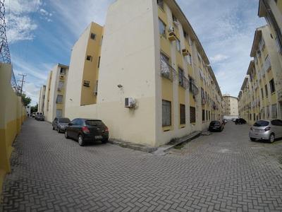 Apartamento Em Álvaro Weyne, Fortaleza/ce De 56m² 2 Quartos Para Locação R$ 670,00/mes - Ap174753