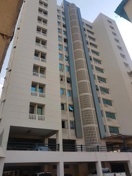 Se Vende Apartamento En Maracay - Rosbely Vallejo