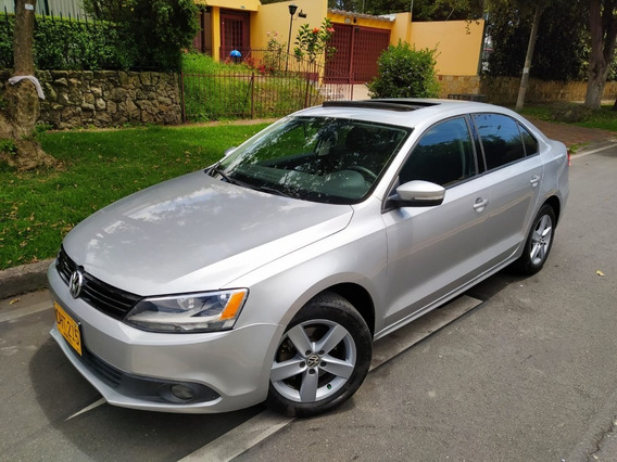 Volkswagen New Jetta At Techo