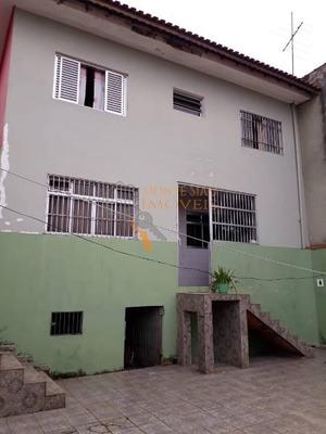 Assobradada Para Locação No Bairro Jardim Bom Clima, 3 Dorm, 2 Suíte, 2 Vagas, 270m² M - 129
