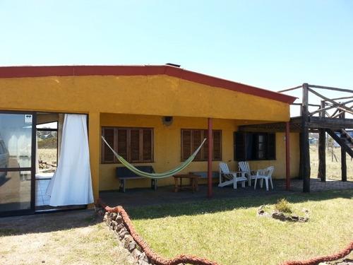 Casa En Alquiler Temporal Frente Al Mar - Pta Negra - Maldo