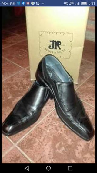 Zapatos Cuero Y Suela. Marca Jr
