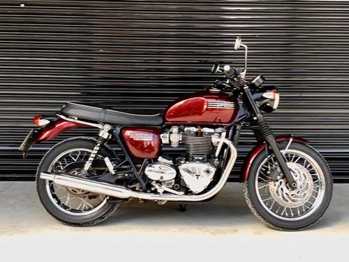 Triumph Bonneville T120 Scarlett