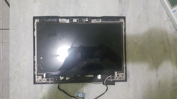 Tela Alienware M11x