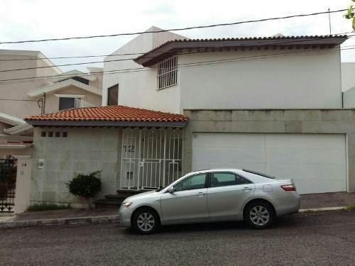 Hermosa Residencia De 3 Niveles En Loma Dorada, Ubicadisima!