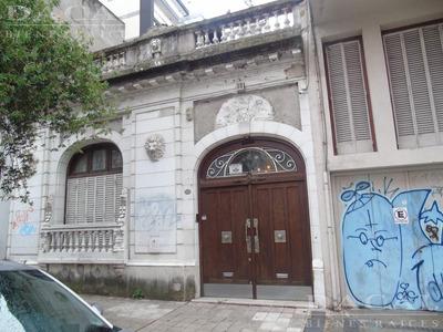 Casa En Alquiler En La Plata Calle 11 E/ 53 Y 54 Dacal Bienes Raices